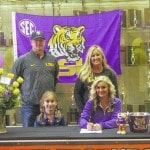 Cunningham signs with LSU