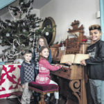 1810 House opens for Christmas
