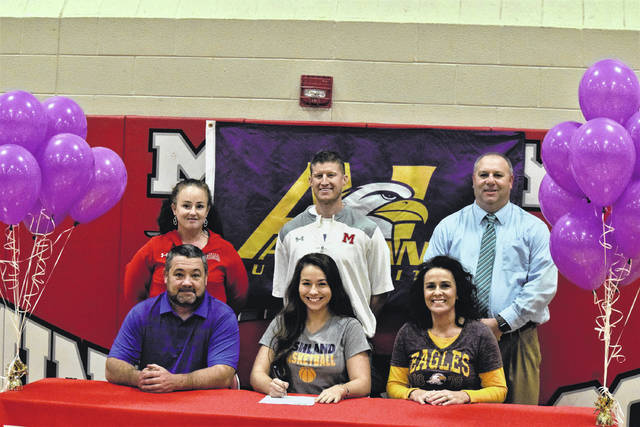Minford's Erin Daniels signed with Ashland University on Monday afternoon in a signing ceremony held inside the Minford High School gymnasium. Daniels, a First-Team All-District honoree, garnered averages of 17.5 points, 9.4 rebounds, 5.4 assists, and 4.6 steals per contest en route to being named as a First-Team All-Southeast District honoree while also obtaining All-Ohio accolades.