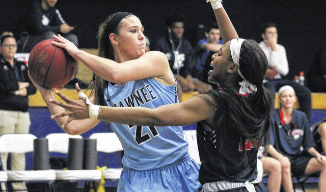 Shawnee State freshman and Waverly native Laken Smith attempts to pass the basketball against Cumberlands (Ky.). The Bears moved up to second in the NAIA D-I Poll — its highest ranking since the 2012-13 season.
