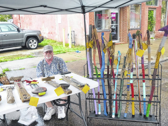 Dee Wallace offered folk art made from things found in the Ohio River.