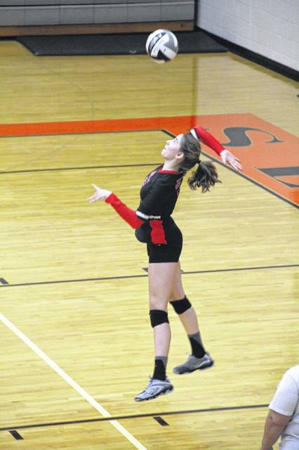 The South Webster Jeeps swept the Portsmouth West Senators in their match Wednesday evening, 3-0.