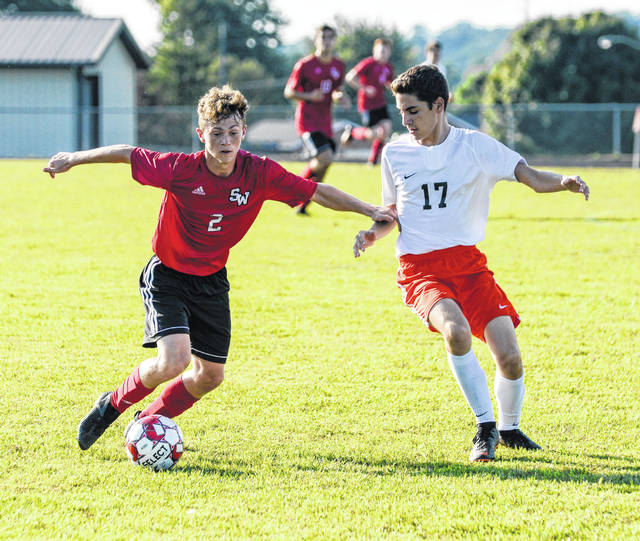 Jeeps Senior Gavin Bennett netted two goals in his team's 7-1 victory over the Pirates.